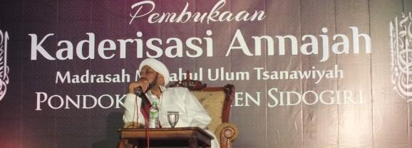 Hadirkan Habib Taufiq Assegaf di Acara Pembukaan Annajah