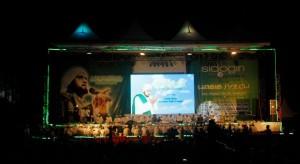 Teduh: Suasana Sidogiri Bershalawat Bersama Habib Syech.