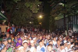 Antusias: Para Peserta memadati pelataran daerah L menyaksikan penghelatan Festifal Lomba