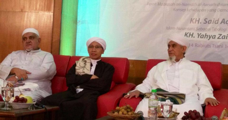 Tenang: Buya Yahya Tampak wibawa bersama Habib Abu Bakar al-Adni bin Ali al-Masyhur