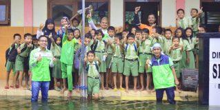 Suka Tawa Siswa SDN Kadungringin IV Menyambut Relawan LAZ Sidogiri