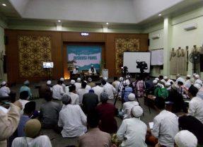 KH. Lutfi Bashori; Tiga Kelompok Besar Pendistorsi Hadits