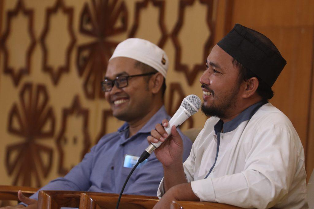 Ust. Dairobi Naji dan Ust. Ahyat Ahmad