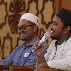 Bahas Uzlah, Kuliah Syariah Datangkan Penulis buku Sufi Berduit